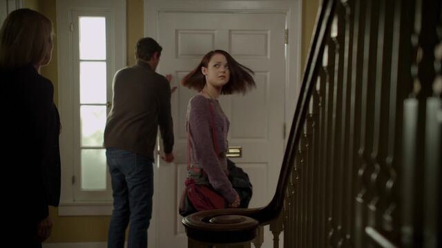 File:1x01 22 Elizabeth, David, Carter.jpg