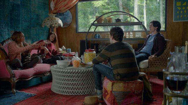 File:1x02 33 Bird, Carter, Ofe, Gabe.jpg