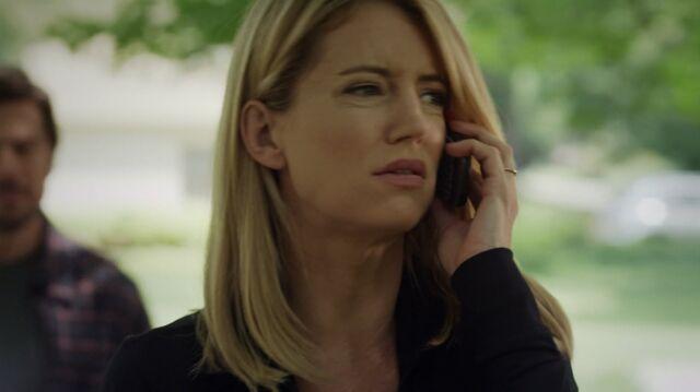 File:1x01 42 David, Elizabeth.jpg