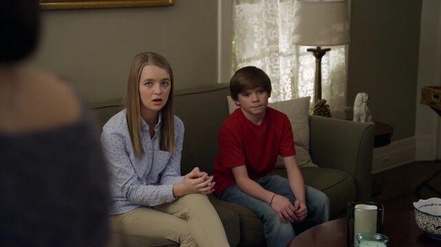 File:1x01 25 Taylor, Grant.jpg