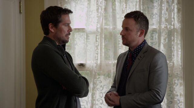File:1x01 29 David, Toby.jpg