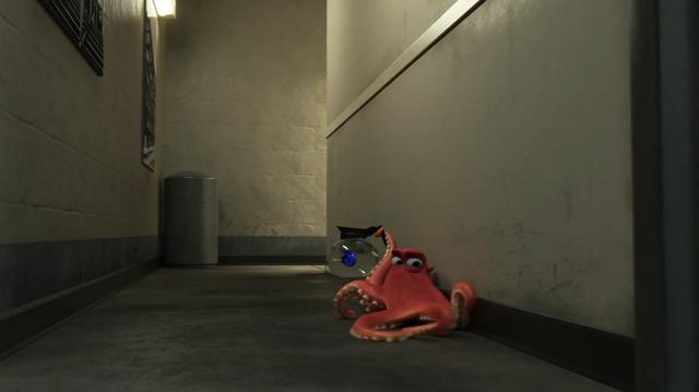 File:Hank along a Wall.png