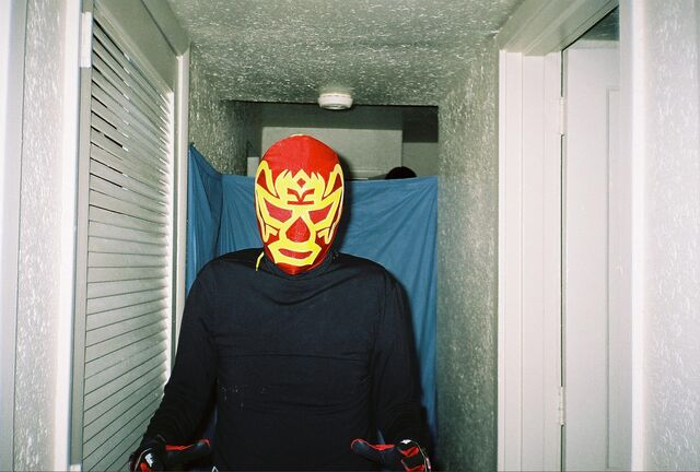 File:Red Mask 3.jpg