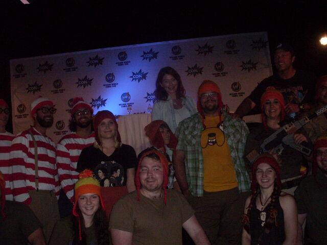 File:Jewel Staite & Adam Baldwin with Jayne Hat and Waldo Group 3.jpg