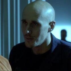 1x13 Guard