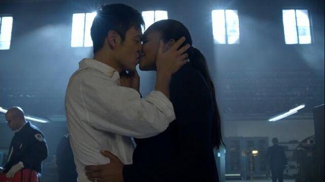 File:1x17 Demetri and Zoey Kiss.jpg