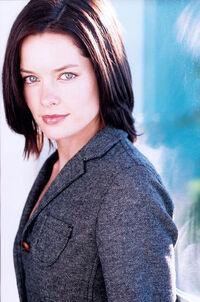 Gina Holden01