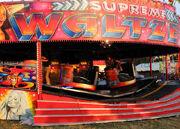 800px-Mannings Supreme Waltzer, spinning 02