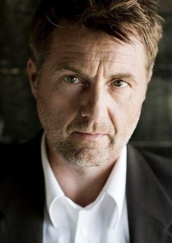 File:Jens Jørn Spottag.jpg