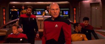 Enterprise-D-bridge 2371