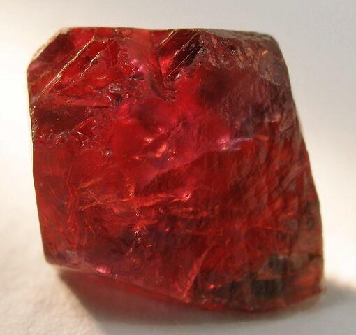 File:Ruby-crystal1.jpg