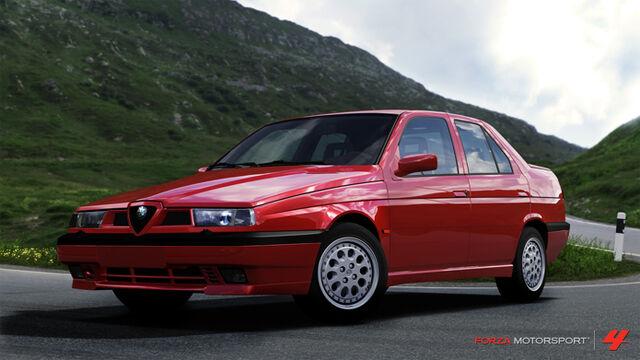 File:1992 Alfa Romeo 155 Q4.jpg
