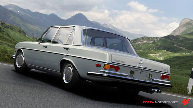 File:1972 Mercedes-Benz 300 SEL 6.3.jpg
