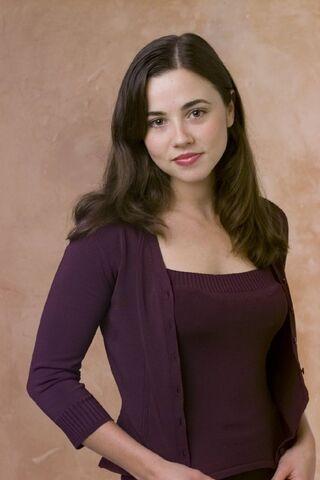 File:Lindsay-Weir-imdb-15.jpg