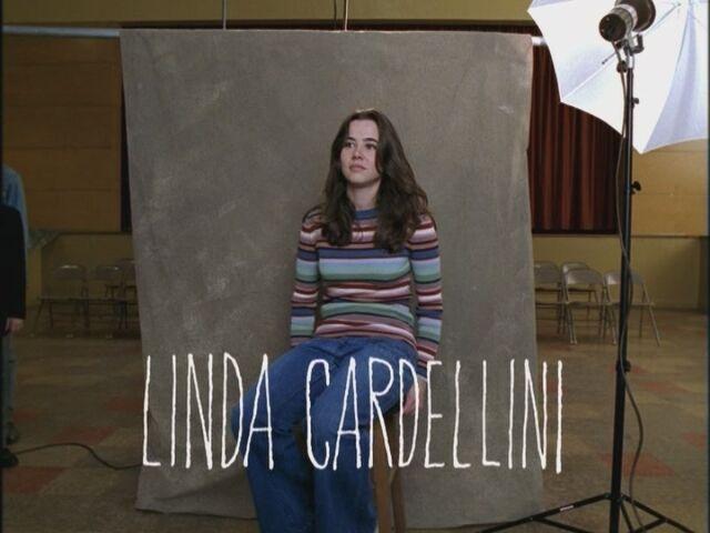 File:Opening-Credits-Linda-Cardellini-freaks-and-geeks-17545053-800-600.jpg
