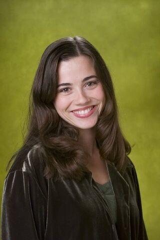 File:Lindsay-Weir-imdb-24.jpg