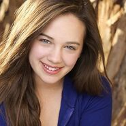 Mary mouser commercial headshot 400