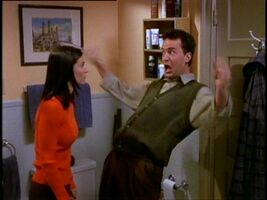 5x14 Chandler imitading Phoebe