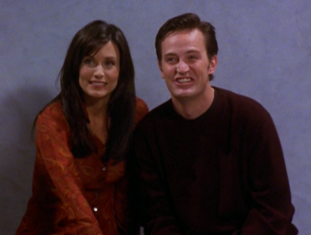 File:Monica and Chandler - TOWTheEngagementPicture.png