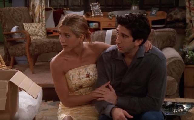 File:Rachel Conforts Ross (5x02).png