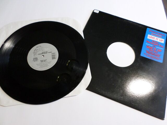 File:Evelyn Champagne King Give It Up Killer Dance Mix 1.JPG