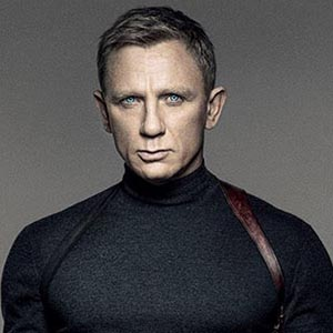 Fichier:FR James Bond FCA.jpg