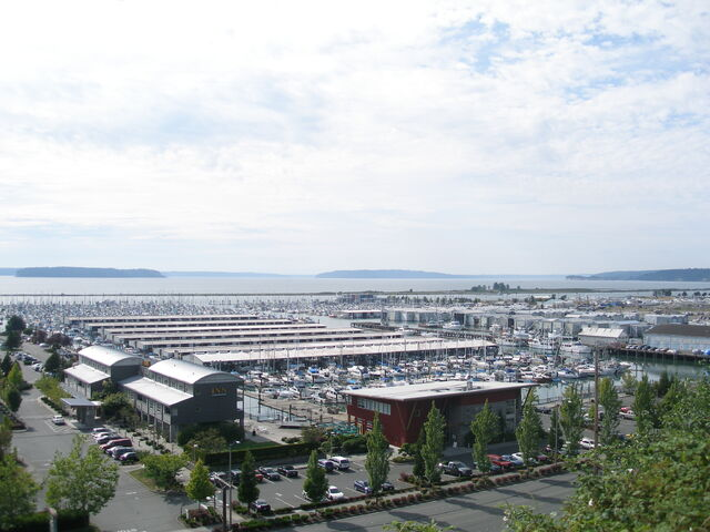 File:Everett Marina.jpg