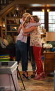 DJ-Stephanie-Kimmy Fuller House 001