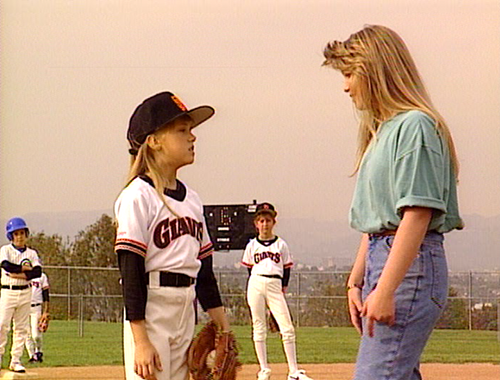 File:Stephanie plays the field.png