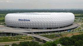 350px-Allianz-Arena-München