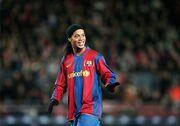 Ronaldinho jogando pelo Barcelona.jpg
