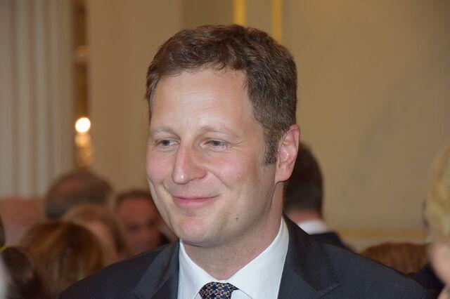 File:Georg Friedrich Prinz von Preußen1, Pour le Merite 2014.JPG
