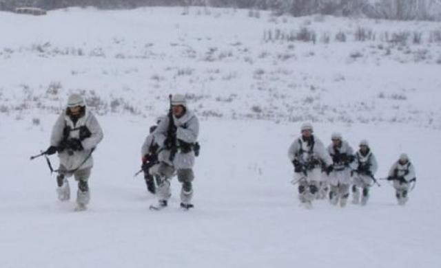 File:Russo-Norwegian War U.S. soldiers Finnmark.jpg