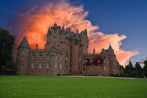 Glamis-Castle.1