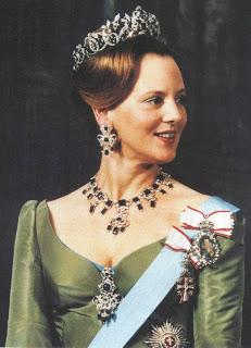 Queen Helena II