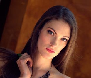 Shaylyn Rexana - B