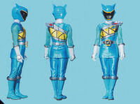 Aqua Dino Charge Ranger Form2