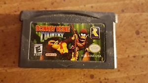 File:DKC GBA Cartridge.png