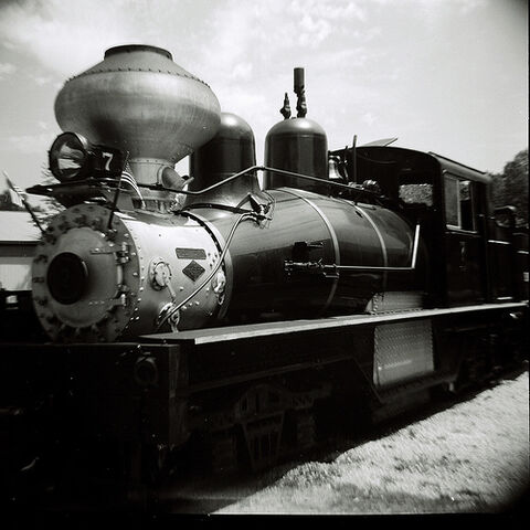File:Diana visits a steam engine in Hesston, Indiana..jpg