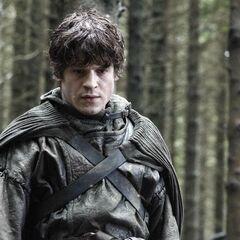 Ramsay posando como um emissário Greyjoy.