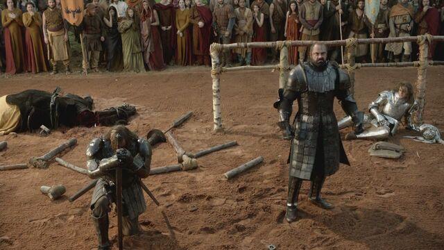 File:Sandor, Gregor & Loras 1x05.jpg