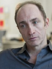 File:Michael McElhatton 200.jpg