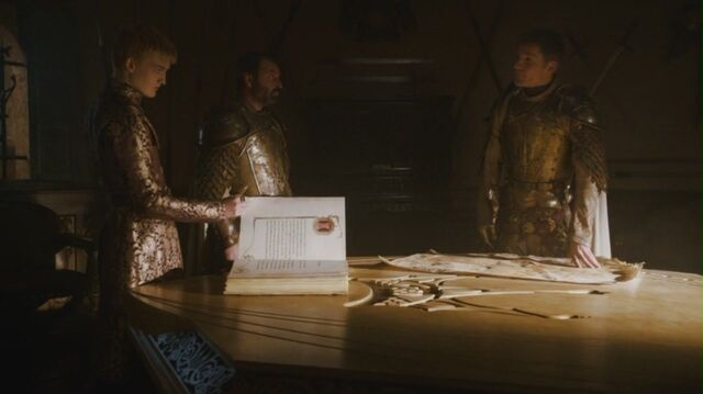 File:Kingsguard sigil old and new Season 4.jpg