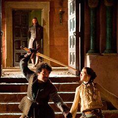 Arya trains with Syrio as <a href=
