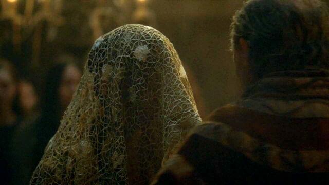 File:309 Roslin Frey wedding veil.jpg