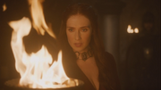 Melisandre burns the letter