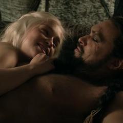 Daenerys reveals her pregnancy to Drogo.