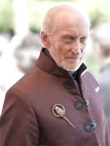 Vaizdas:Charles-Dance-as-Tywin-Lannister photo-Macall-B.Polay HBO.jpg