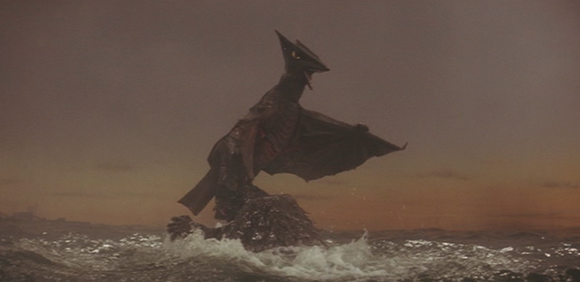 File:Gamera - 3 - vs Gyaos - 26 - Gyaos sees the sunrise.png
