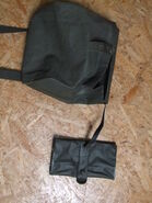 Carrier bag + first aid kit